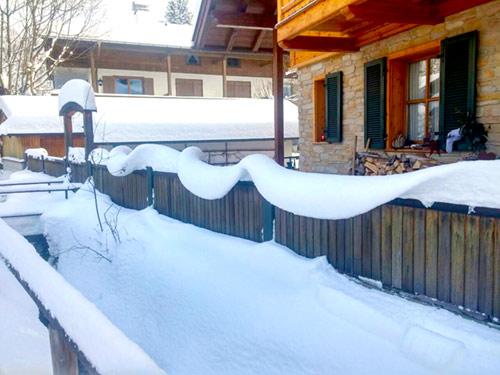 Winter am Hausbach